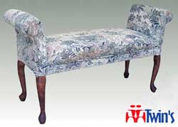 T - 2033 Queen Ann Leg Arm Bench